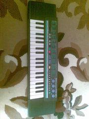 продам синтезатор YAMAHA PortaSound PSS 190